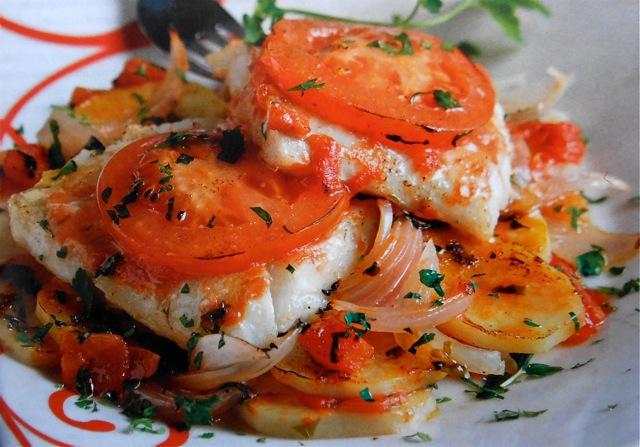 Запеченная треска с картошкой: рецепты для духовки