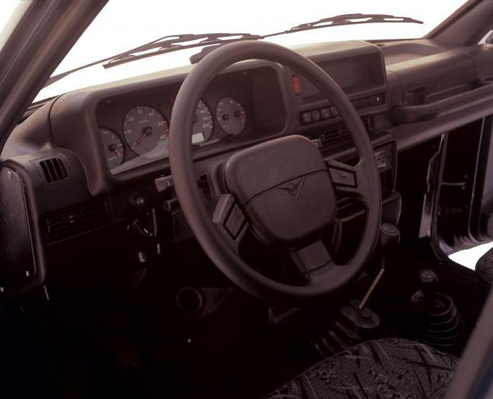 УАЗ 3162: история создания и технические характеристики