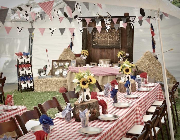 стол для ковбойской вечеринки