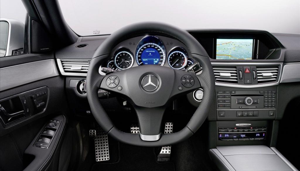 руль и панель управления