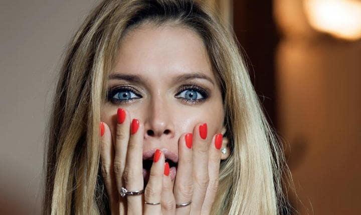 Маникюр знаменитостей: какие ногти наиболее актуальны у звезд сегодня?