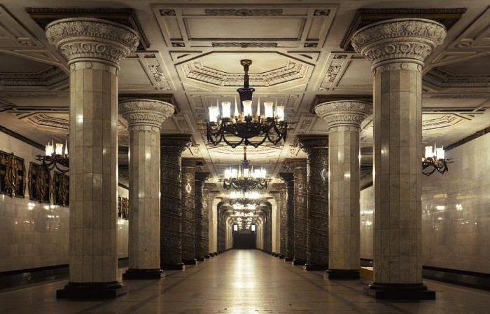 до скольки работает метро спб летом