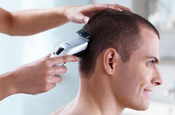 Так что описание трендовых мужских стрижек для коротких волос будет как нельзя кстати.