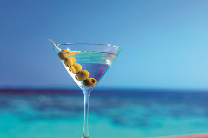 Как провозить алкоголь на Мальдивы