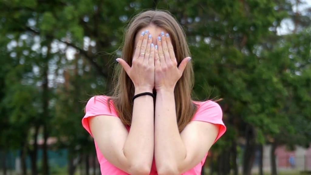 Нитевая подтяжка лица: достоинства и недостатки процедуры, отзывы специалистов