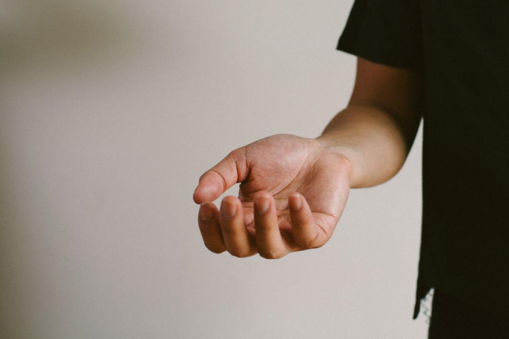 водяные прыщики на пальцах рук