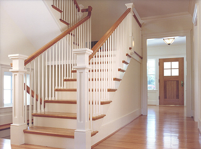 Do-it-yourself calculation of the stairs to the second floor