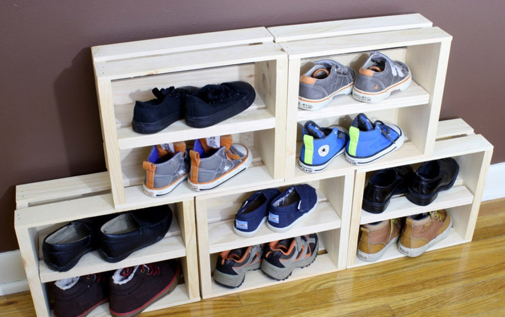 Shelf for shoes from boxes