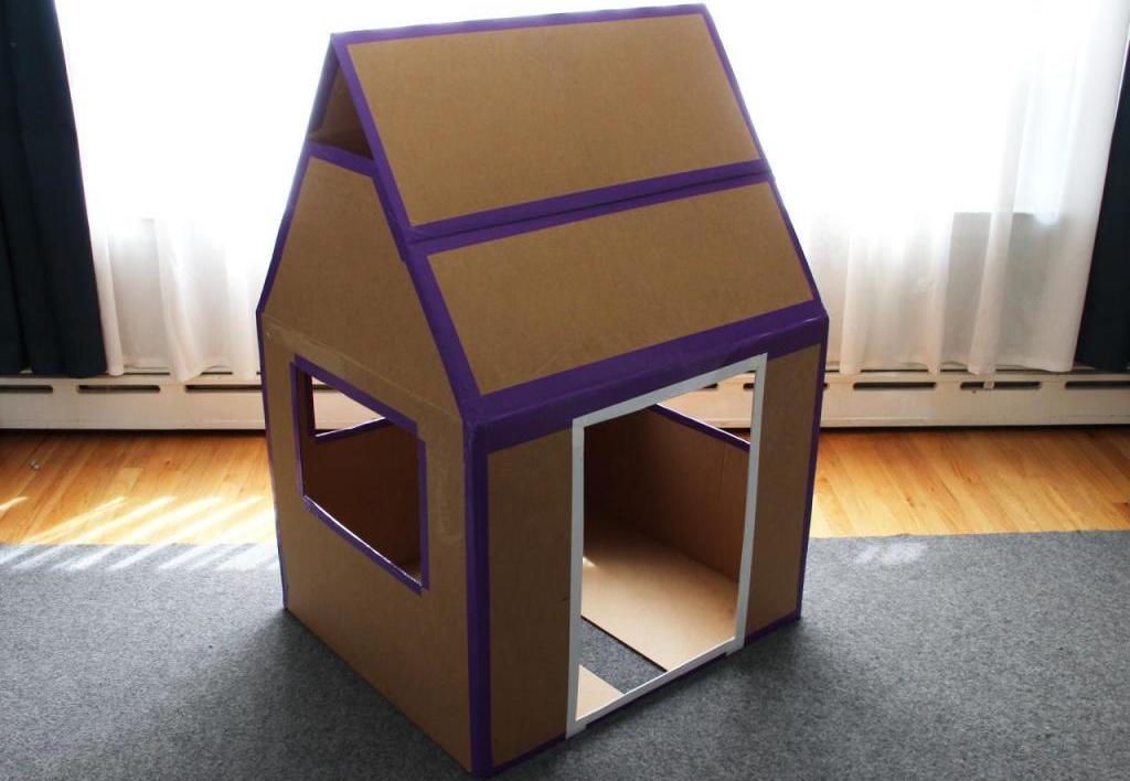 Домик для собаки своими руками из коробки: идеи, инструкции по изготовлению и украшение