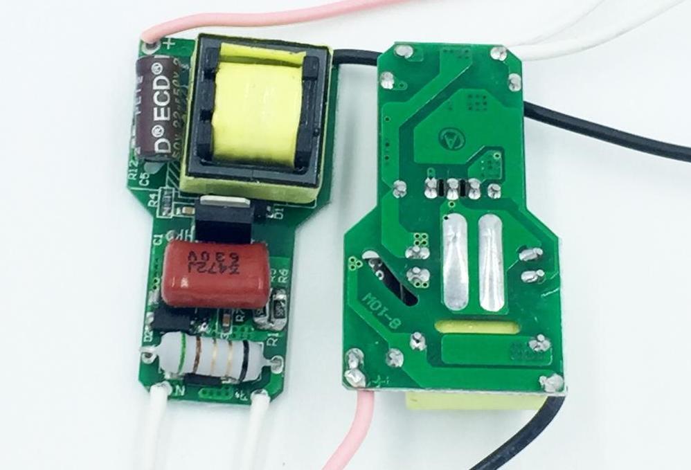 импульсный блок питания для светодиодных ламп