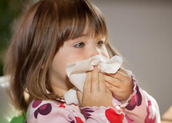 приступ мокрого кашля ночью у ребенка