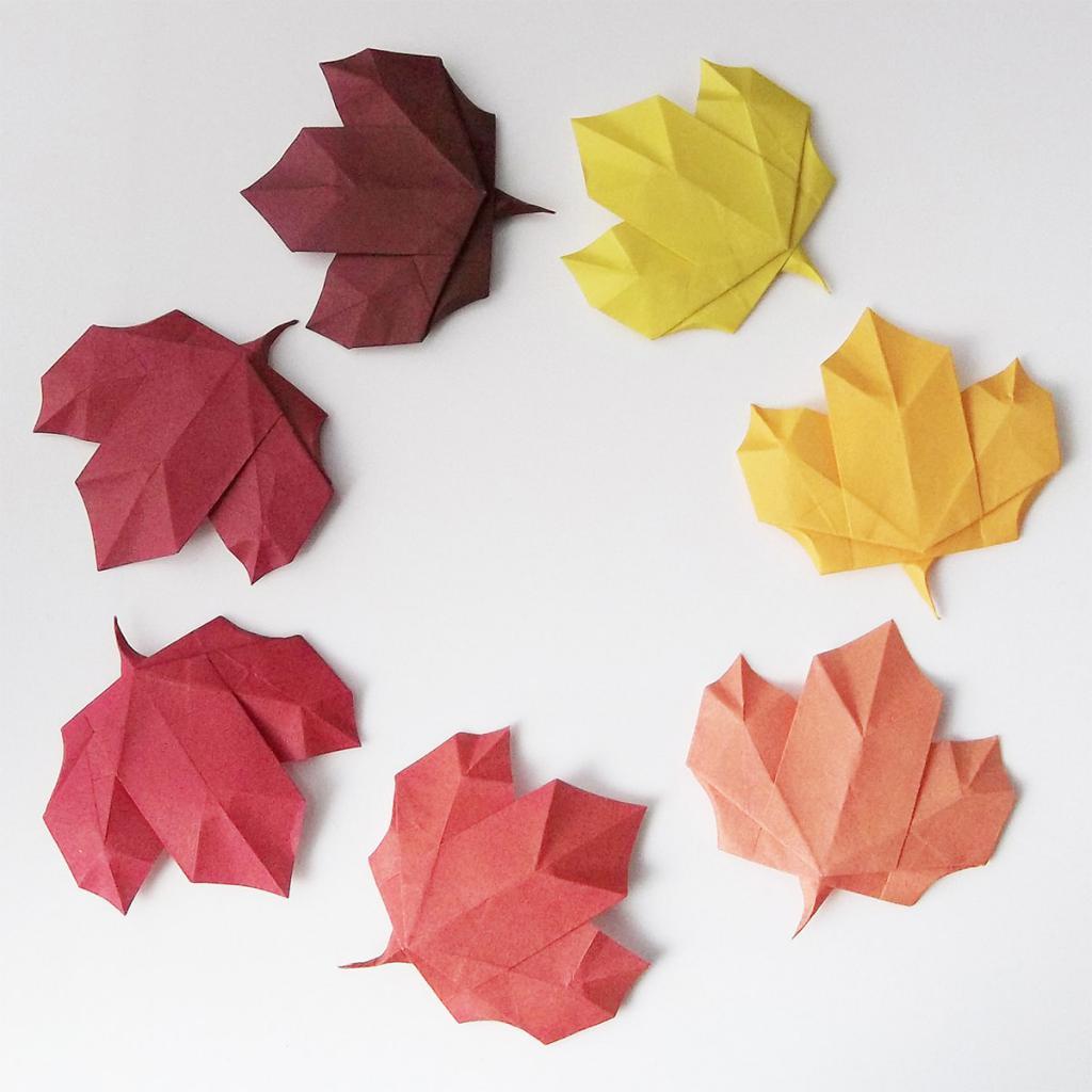 кошках кленовый лист из цветной бумаги образец как делать еще есть