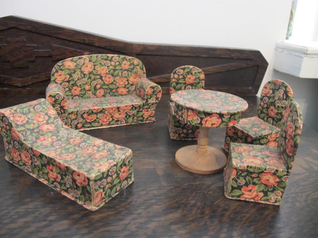 do-it-yourself cardboard furniture
