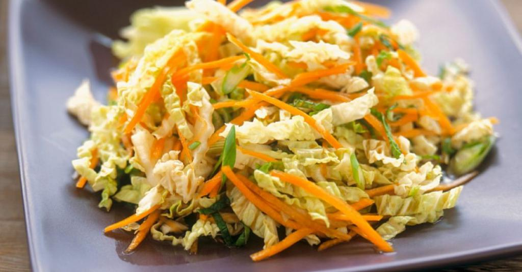 salad with cabbage and carrots