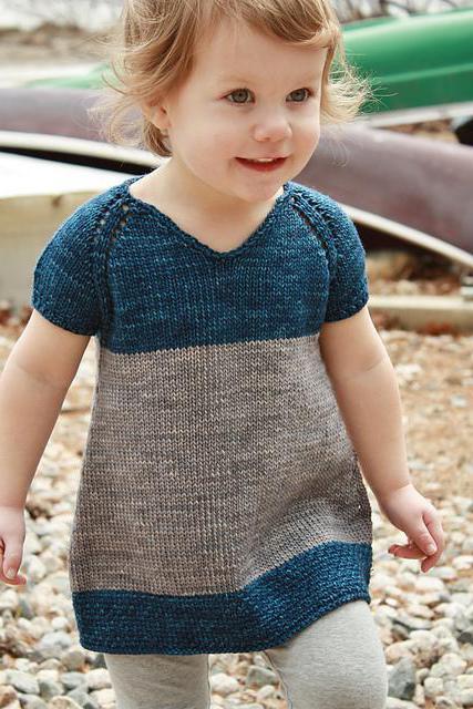 красивый вязаное платье для девочки 1 год