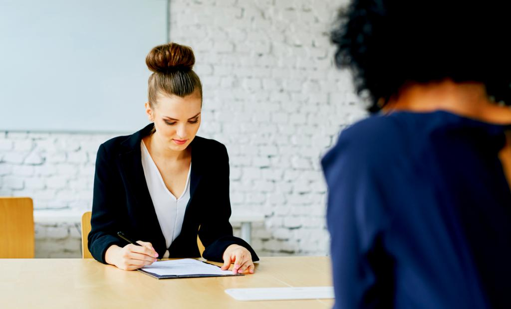 Ликвидация организации и увольнение сотрудников: порядок действий, пошаговая инструкция выполнения процедуры увольнения, необходимые выплаты и советы юристов