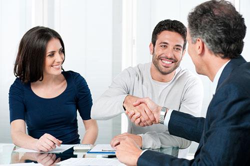 Увольнение по соглашению сторон: что значит, как написать заявление, образец, плюсы и минусы такого увольнения и компенсационные выплаты