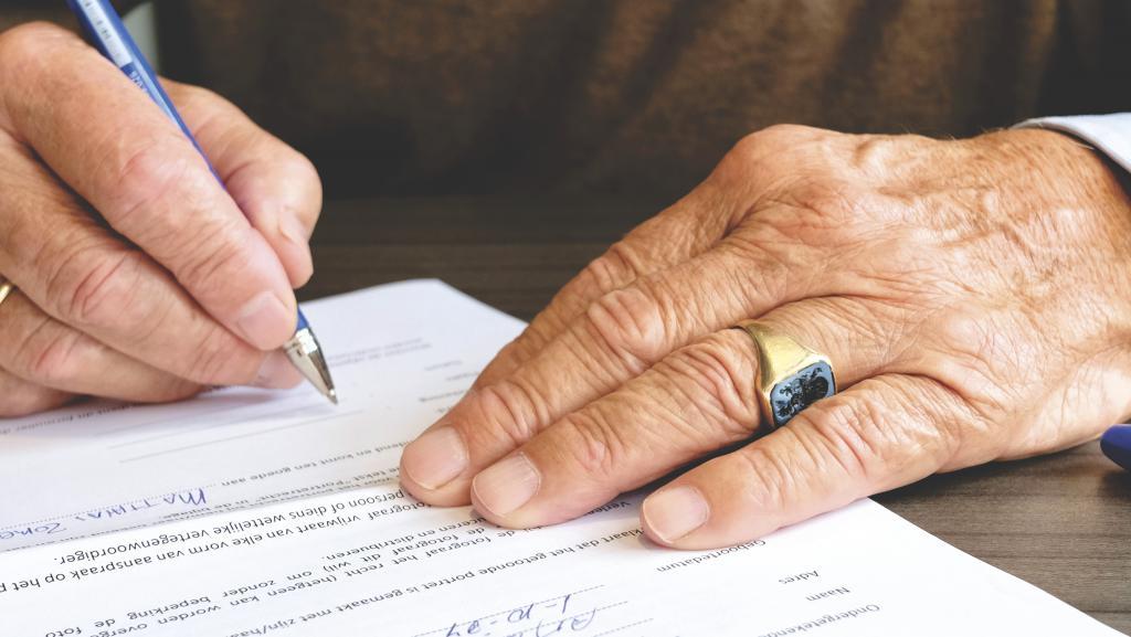Завещание: срок действия, понятие, классификация, принятие наследства, сроки вступления, соответствие правовым и законодательным актам