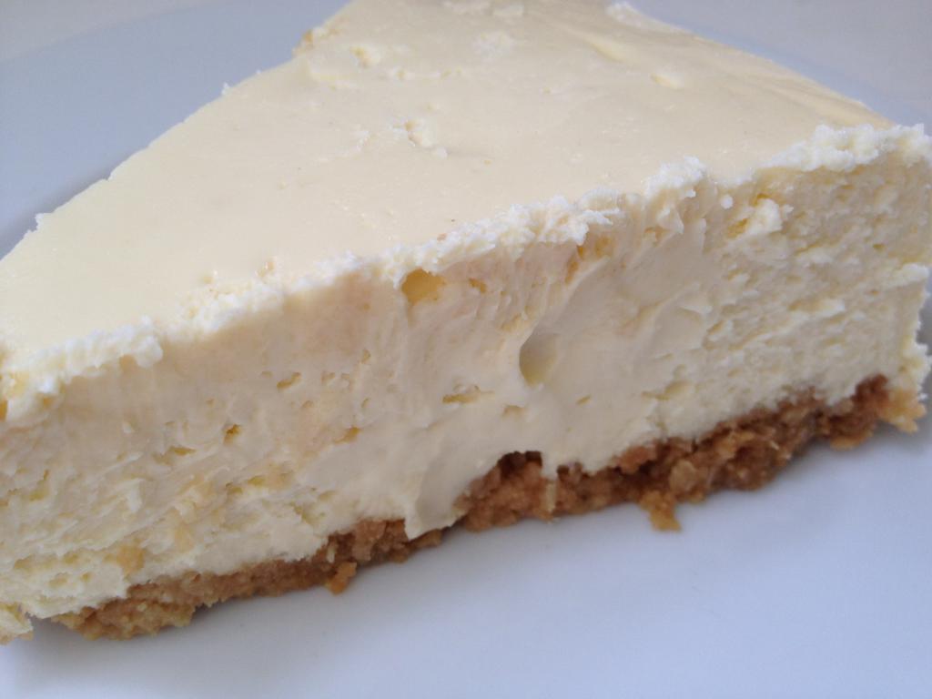 Mascarpone cheesecake recipe with pastries