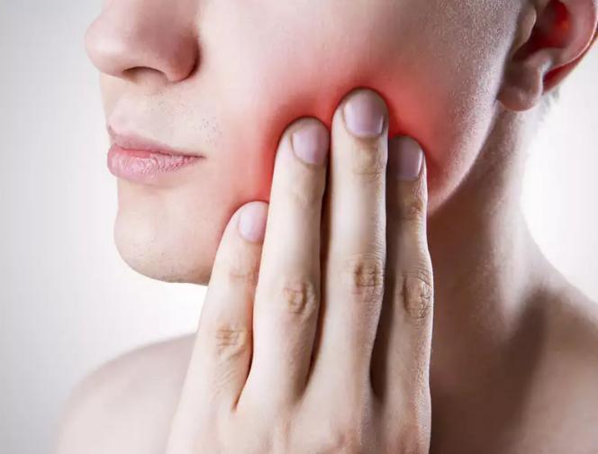 Симптомы роста зубов мудрости