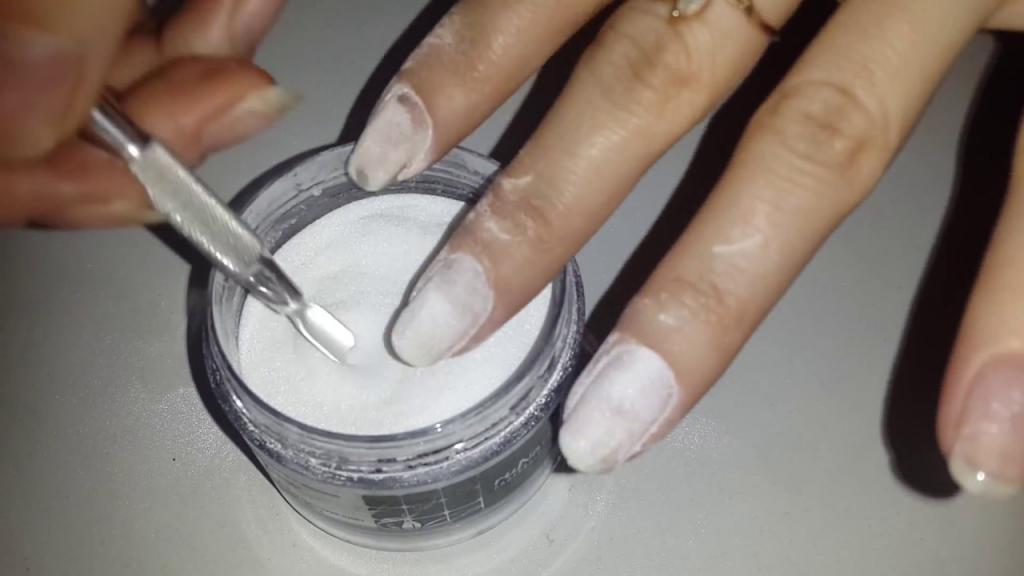 Укрепление акриловой пудрой натуральных ногтей: плюсы и минусы, как сделать