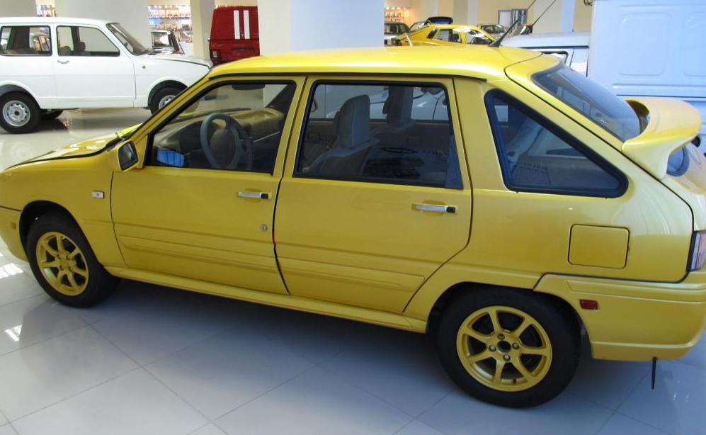 модель авто иж 2126