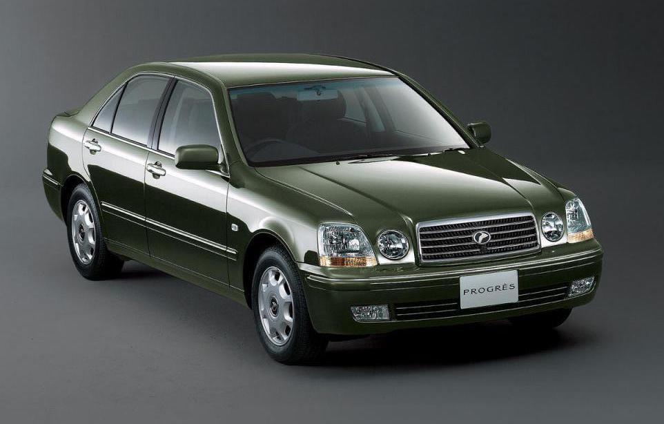 Представительский седан «Тойота Прогресс»