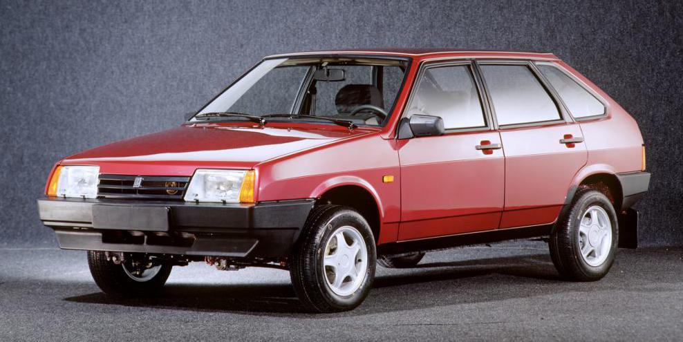 ВАЗ-2109 красный цвет