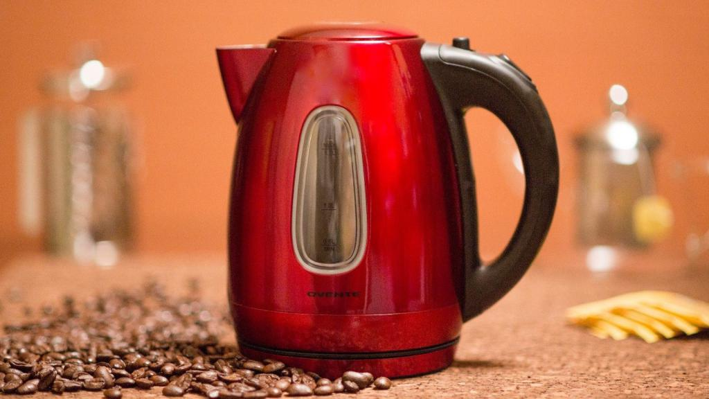descale vinegar with an electric kettle