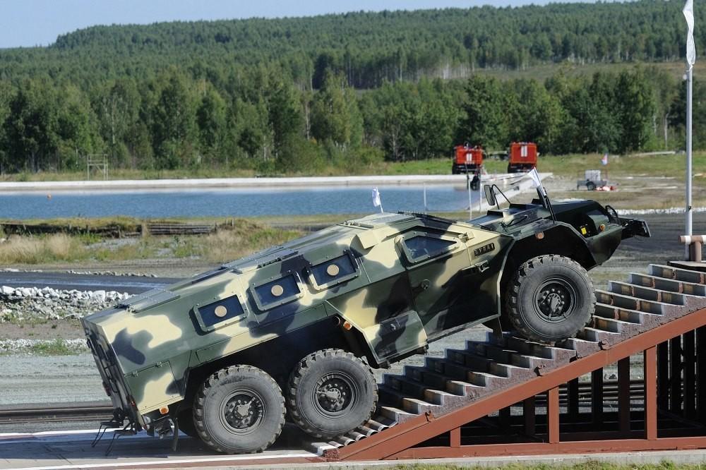 Булат - бронеавтомобиль