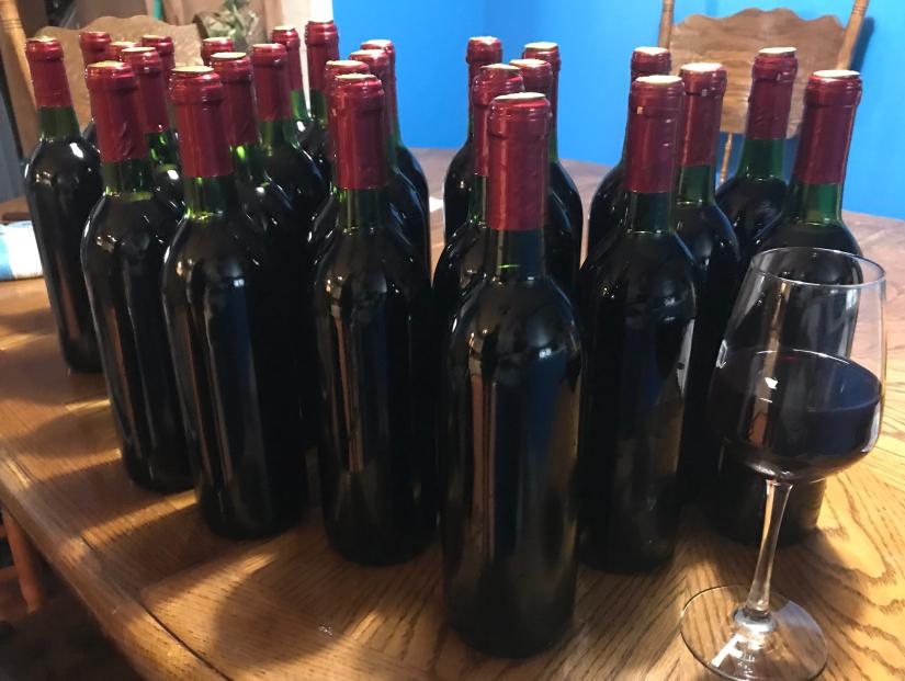 картинки вина в бутылке дома содержит