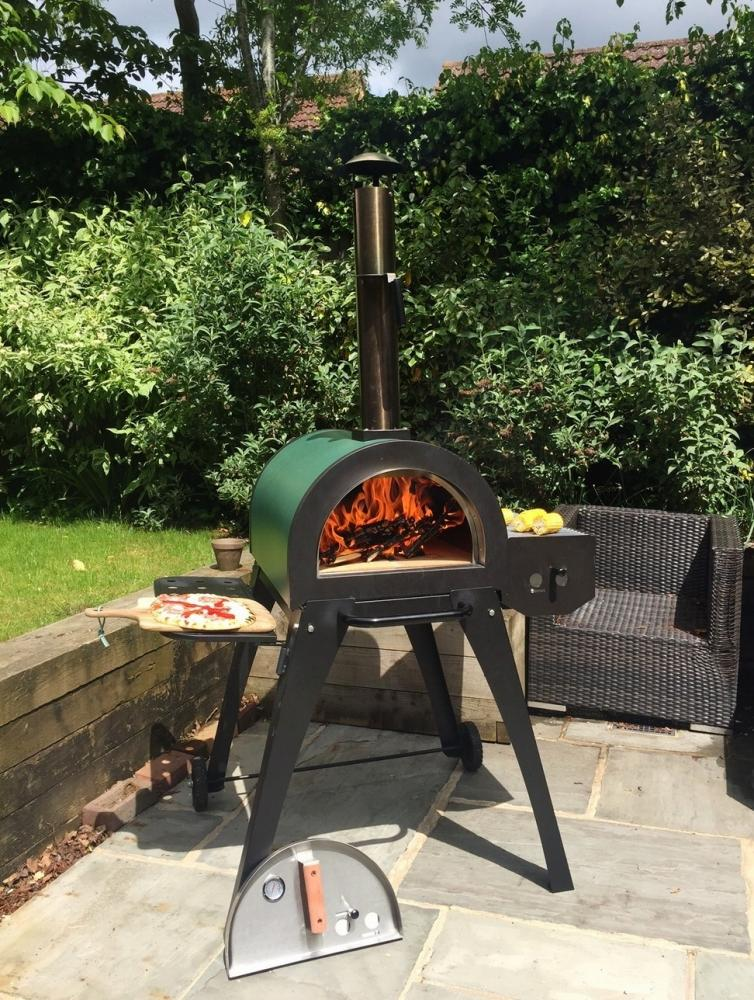 Garden house stove