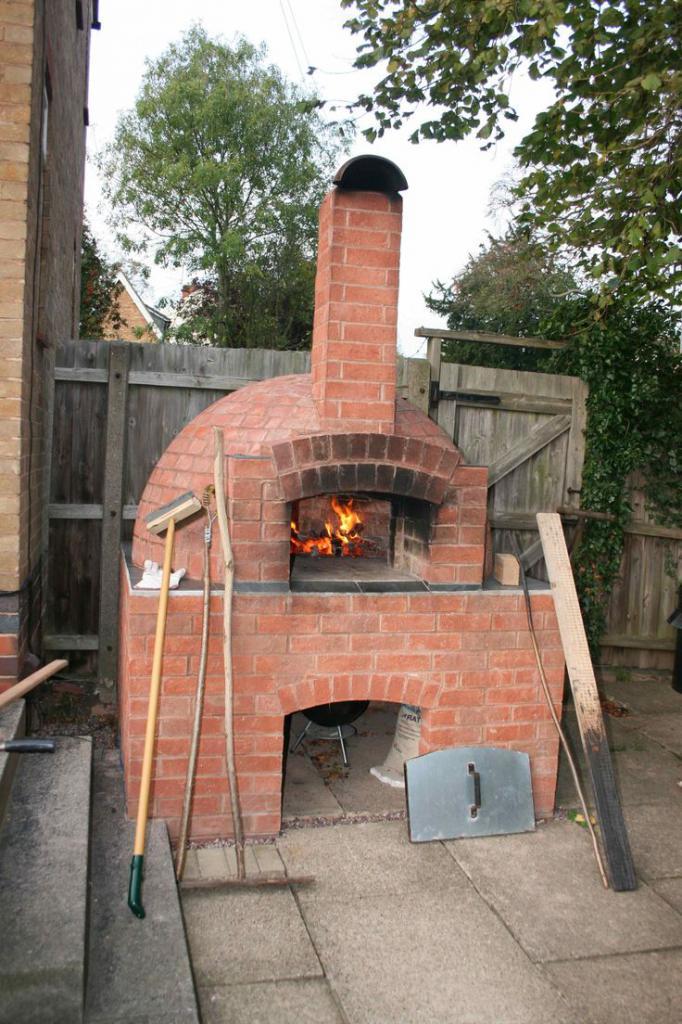 Cast iron garden stove