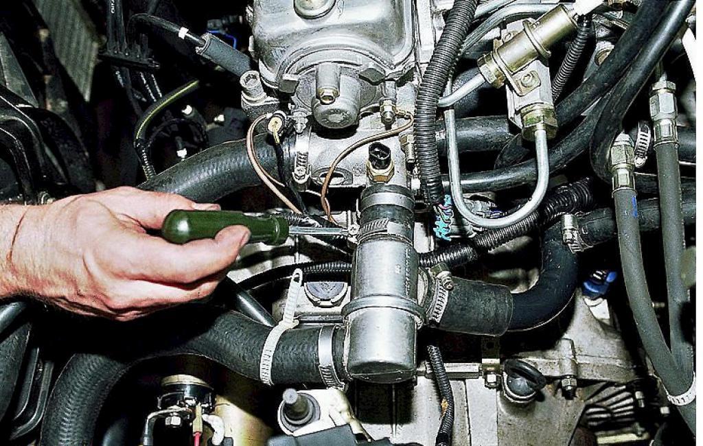 Двигатель автомобиля ВАЗ-2109