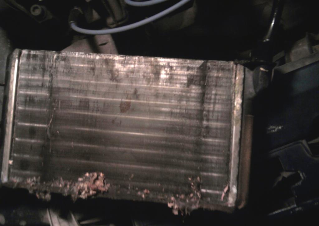 Неисправный радиатор отопителя