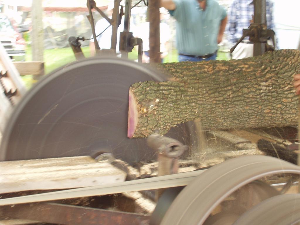 Homemade circular sawmill