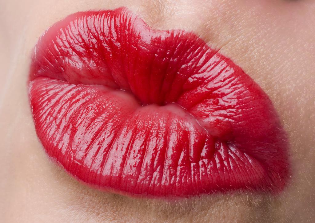 Поцелуи картинки губы сладкие и живые, нам месяца