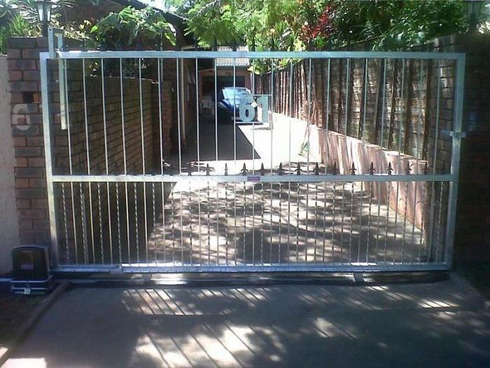конструкция подвесных ворот