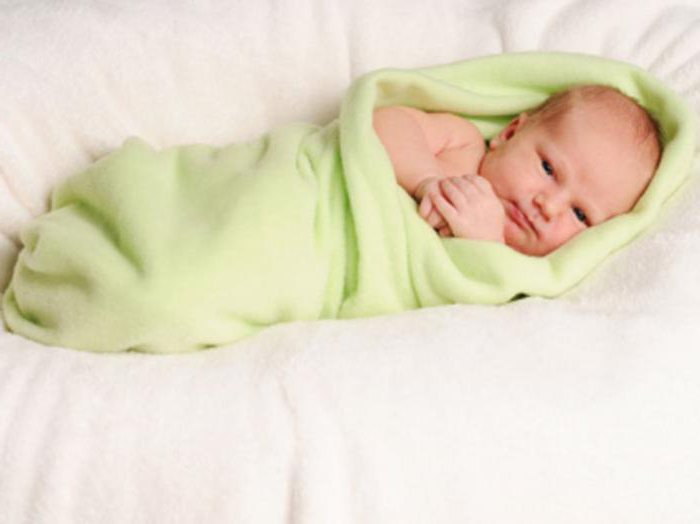 запеленованный ребенок лучше спит также комментариях какую