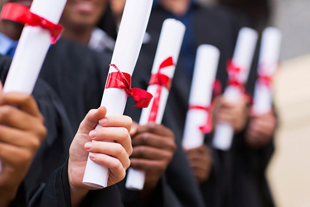Памятные дипломы важны на вечере