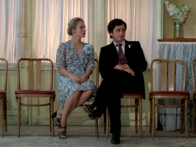 Кадр из фильма Кузен Кузина
