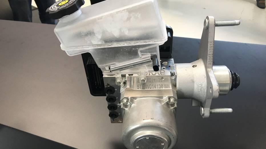 устройство и принцип работы тормозной системы автомобиля