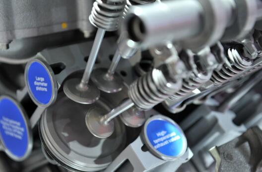 подтраивает двигатель на холостых приора 16 клапанов