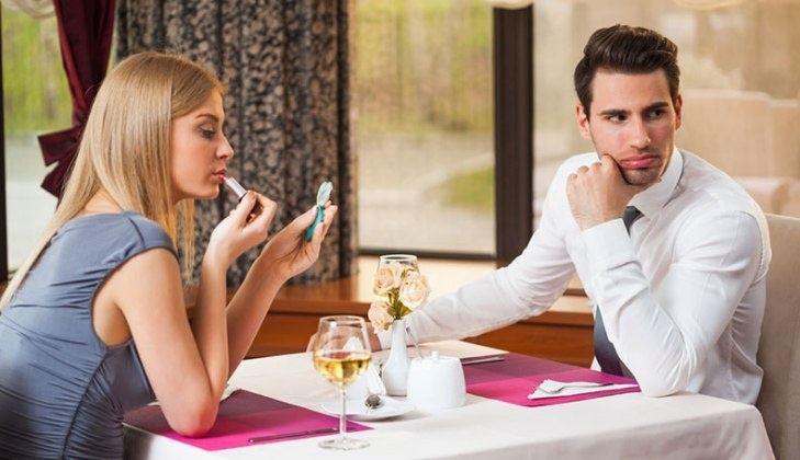 хочет общаться сайте знакомств на если девушка не
