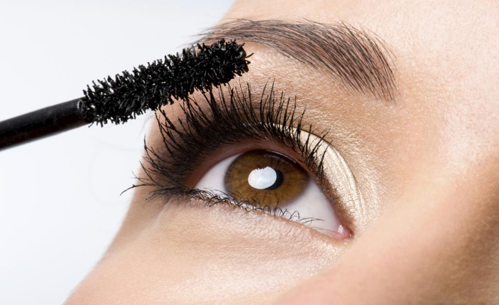 Use of mascara