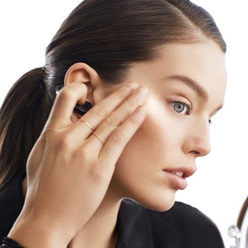 Neat make-up