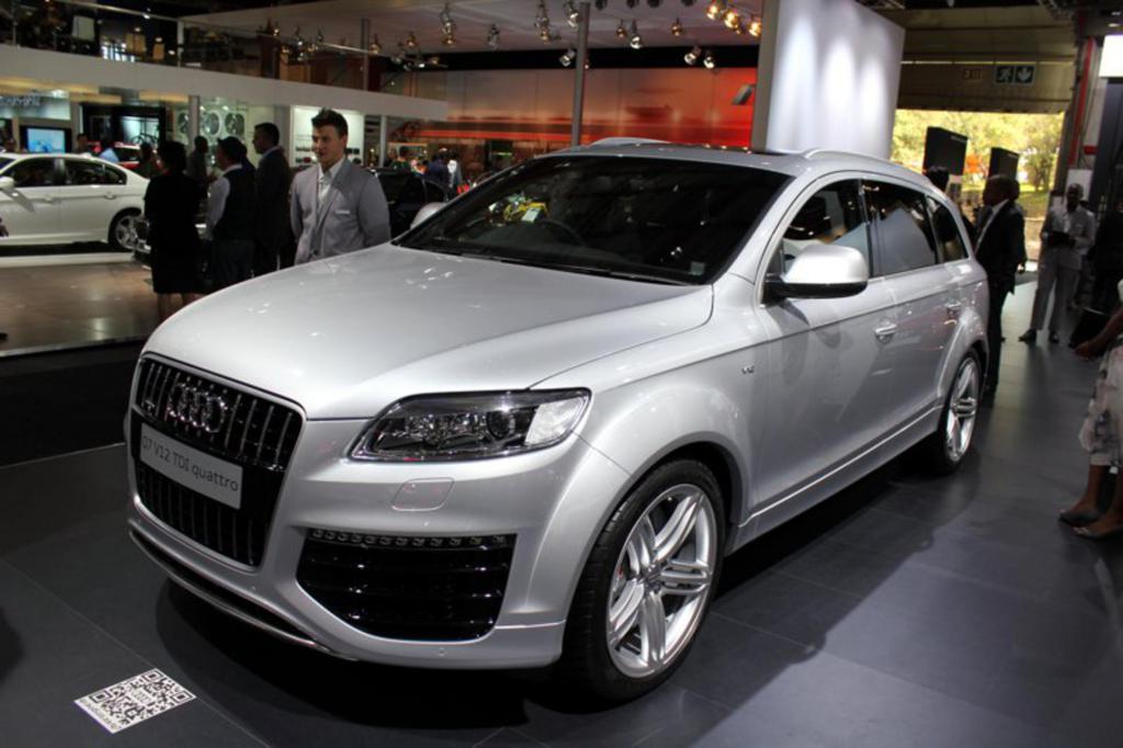 Автомобиль Ауди Q7