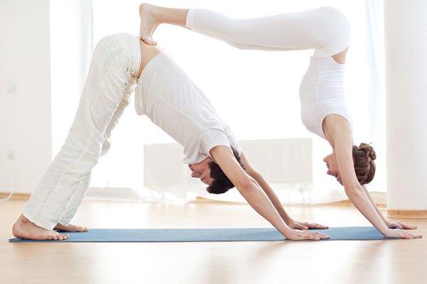 Йога в паре для начинающих: позы и упражнения