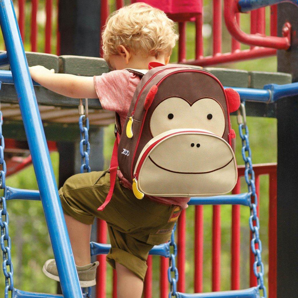 я играю с обезьянкой