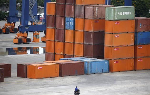 Много контейнеров